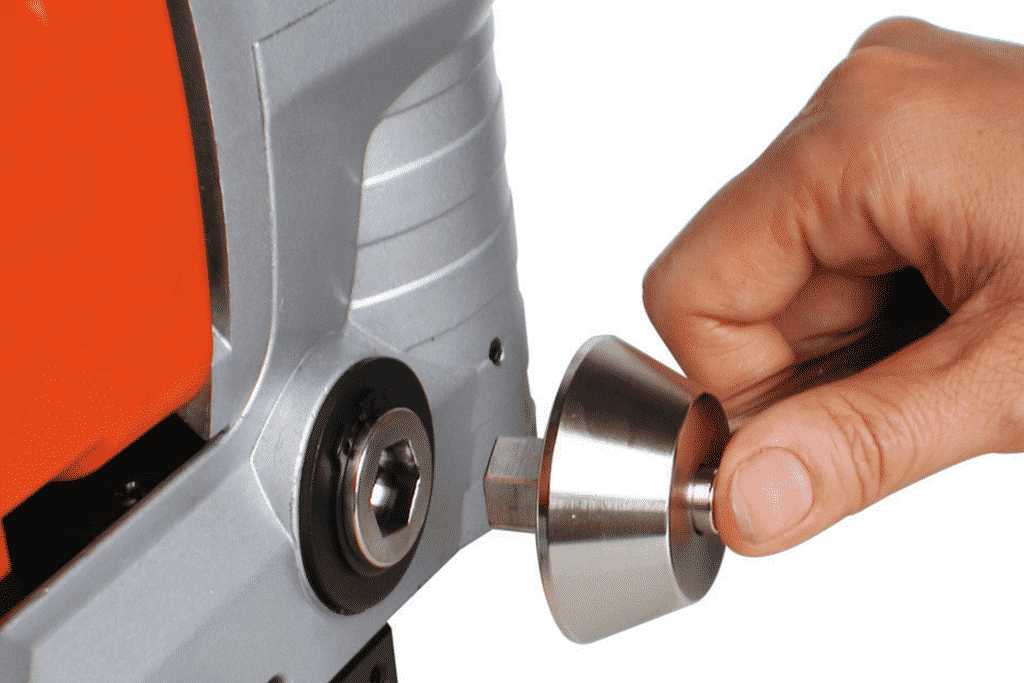 Close up EDX-Low-Profile-Mag-Drill-Handle-Detail
