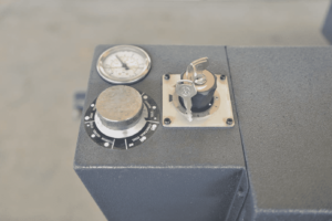 Detail of the STC820 SA Pressure Adjustment Control