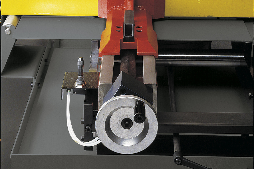 Bianco 280 M Pull Down Single Mitre Bandsaw 415v image 7
