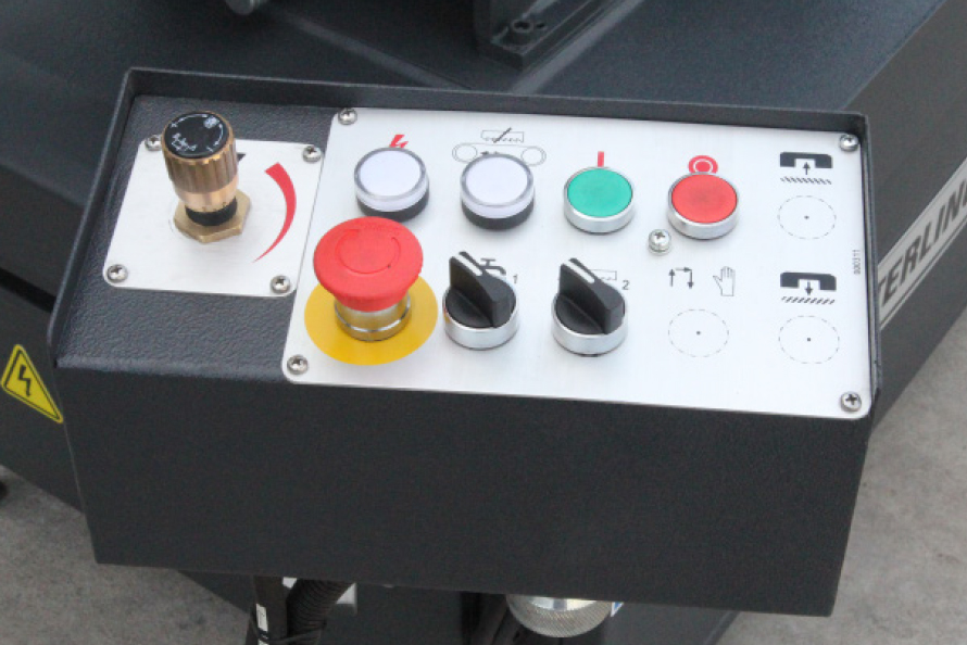 Sterling SRA 230DG Control Panel